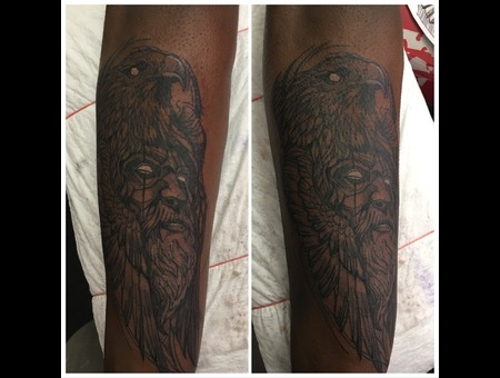 Skye Raath  Black Grey Arm