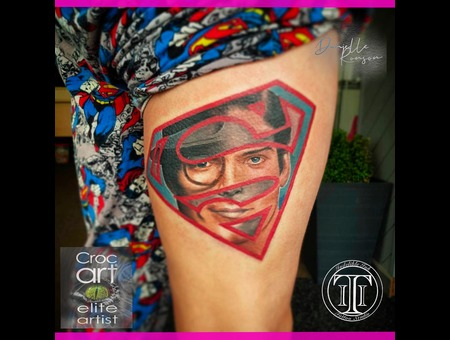 Superman  Portrait  Clark Kent Color Thigh