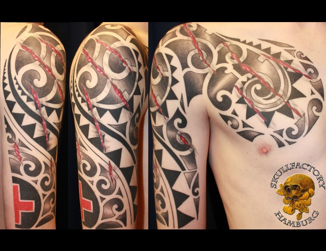 Polynesian  Scratch Black Grey Arm