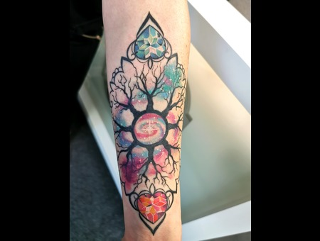 Diamond  Jewellery  Realism  Mandala  Stardust Color Forearm