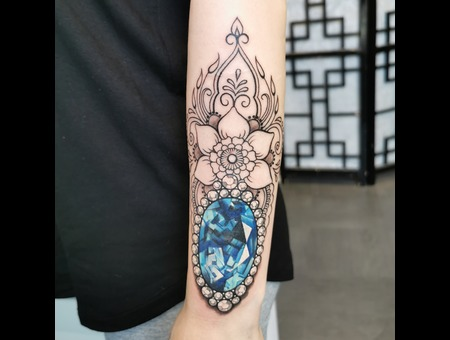 Coverup  Sapphire  Jewelry  Mandala  Diamond Color Forearm