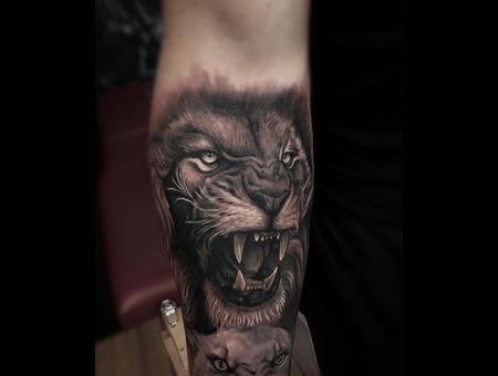 Lion Black Grey Forearm