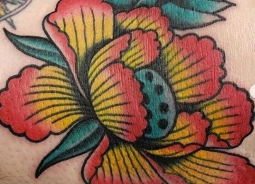 flower tattoo, American Traditional