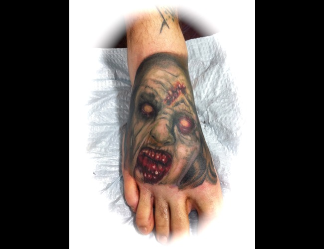 Evil Dead  Zombie  Foot  Horror Color