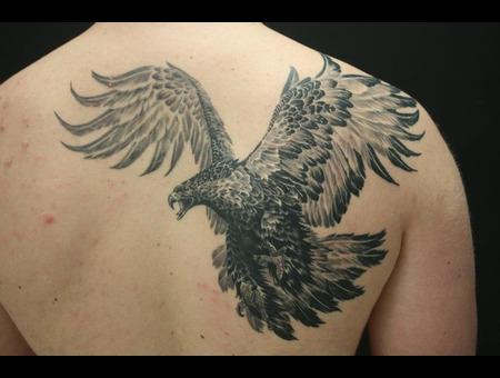 Eagle Black White Shoulder