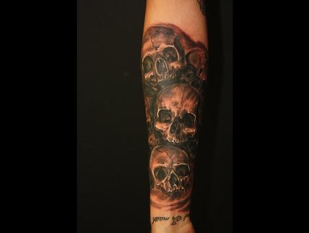 Skull Black White Arm