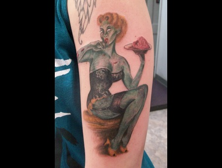 Pin Up  Zombie   Color