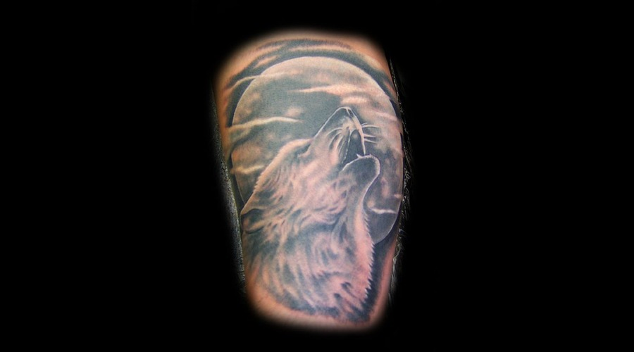 Howling Wolf Tattoo Black White
