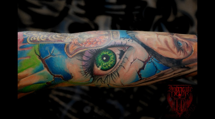 Eye Surreal Sleeve Color Arm