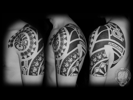Marquesas  Blackwork Black White
