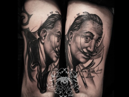 Dali  Portrait  Leg   Black Grey