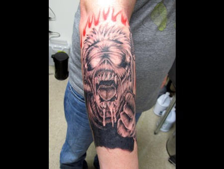 Eddie  Iron Maiden Black Grey