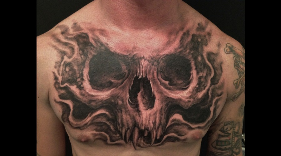 Chest Skull Black White