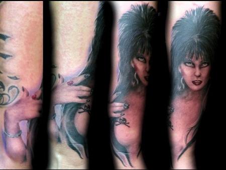 Elvira Monsters Mistress Of The Dark  Pinup Color