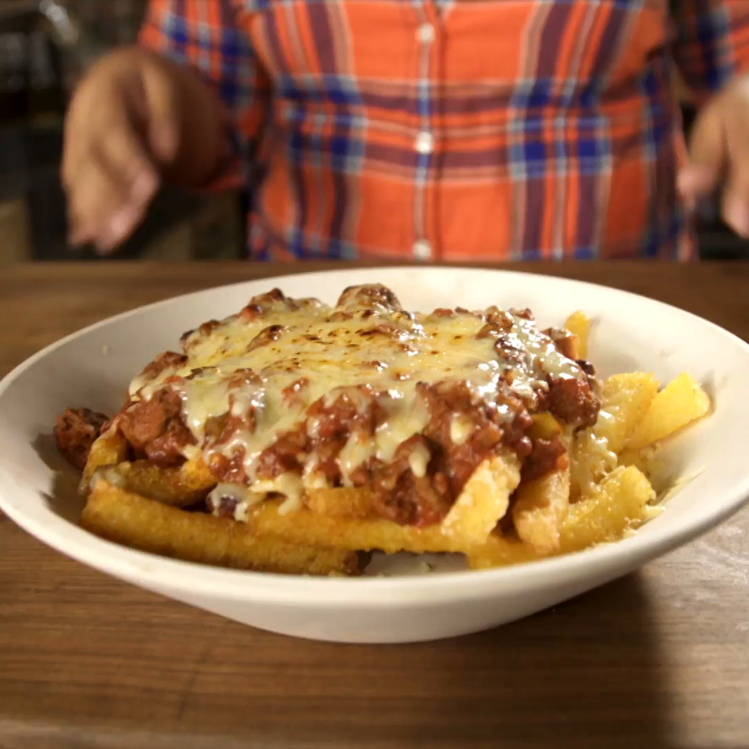 Watch Cheesy Baked Polenta Chips with Sweet Chilli video