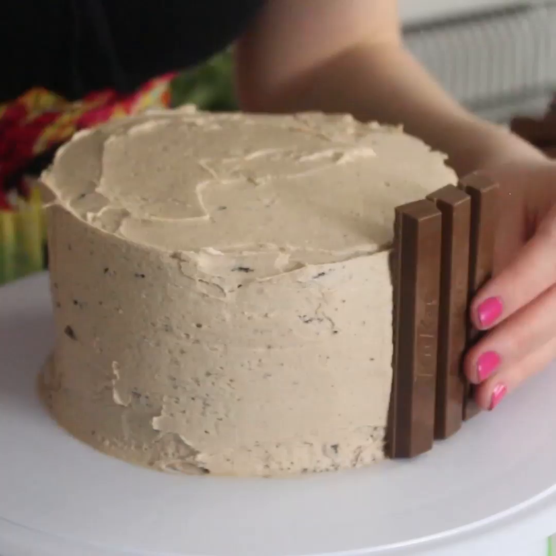 chocolate kit kat cake ~ recipe | tastemade