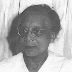 Rev. Mabel Butts, first African American ordained in Unity