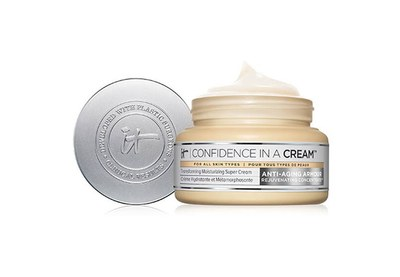 IT Cosmetics Confidence In A Cream Sample for Free