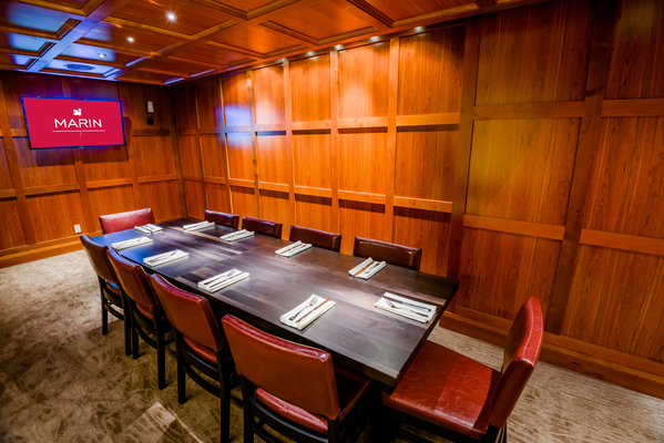 Mercy dining room bar minneapolis private dining for Best private dining rooms minneapolis