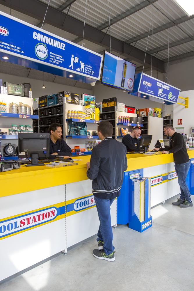 Comptoir magasin Toolstation
