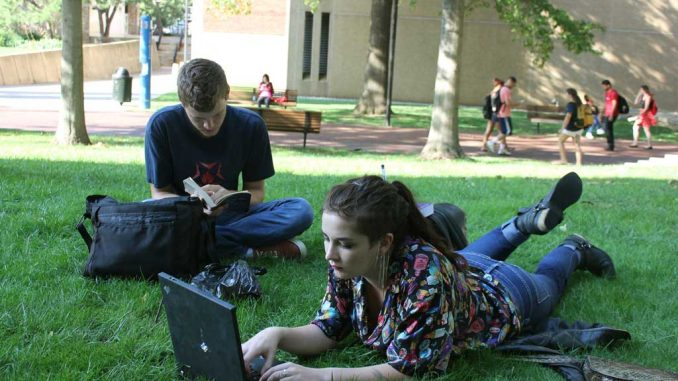 As a result of budget cuts, Paley Library will end its laptop loan program. ( AIMME WANNER / TTN )