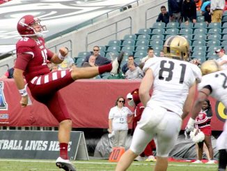Senior Paul Layton punts during Temple's Oct. 19 win against Army. | AJA ESPINOSA TTN