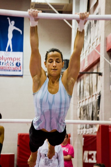 Students in a gymnastics class offered at Temple learn each of the major events applicable to each gender that are traditional to the sport. | Meaghan Pogue TTN