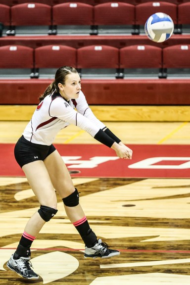 Freshman Caroline Grattan collected 14 kills in Temple's win over Houston last Friday. | Hua Zong TTN