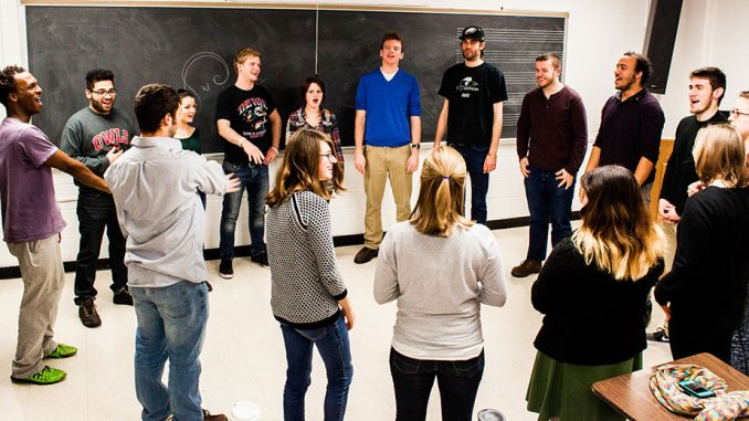 Members of OwlCappella meet for a weekly practice. They will release their second EP this semester. | Kara Milstein TTN