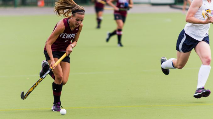 Amber Youtz advances the ball against Drexel on Sunday. Donald Otto | TTN