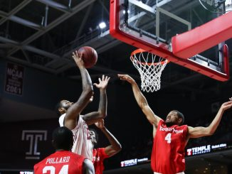 Junior forward Jaylen Bond helped netted 10 of his 15 points in the second half of Temple's 66-54 defeat of Houston Thursday night. | Jenny Kerrigan TTN