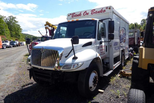 2005 INTERNATIONAL 4300 SALVAGE TRUCK #527368