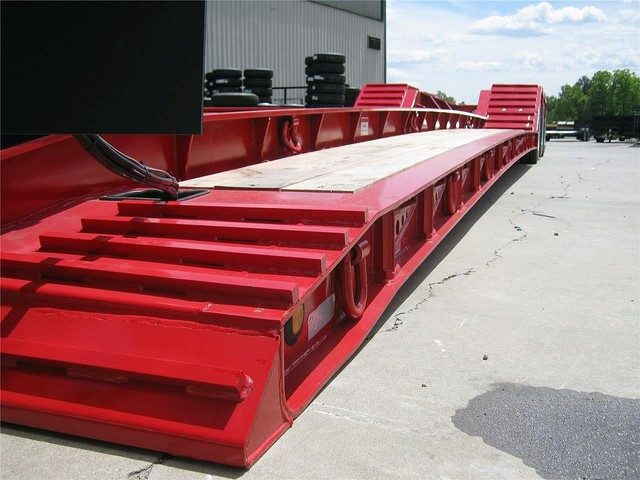 used 2018 kaufman lowboy trailer in lexington  nc