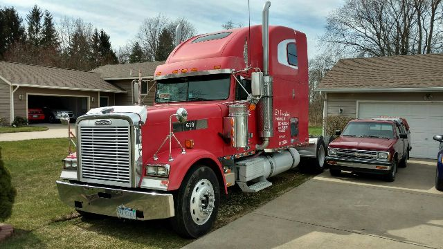 2001 Freightliner XL Classic Limited Edition - Truck and Trailer ...
