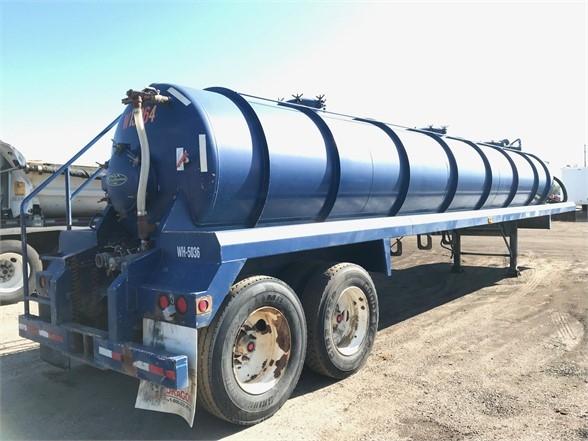 2012 Dragon 42' 103 bbl steel water tanker, hose tray, cat wal