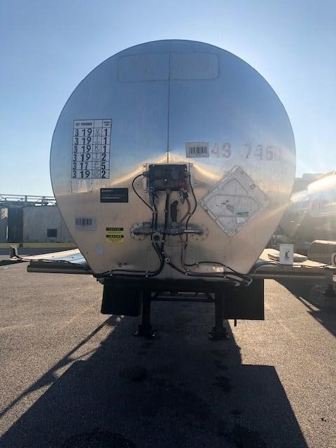 1993 Polar mc 307 ss / 5000 gal / rear discharge / in test