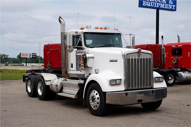 2010 Kenworth W900