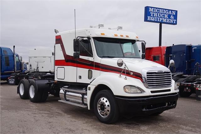 2006 Freightliner COLUMBIA 120$13,900