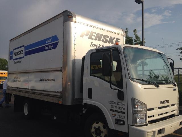 2012 Isuzu Npr Box Truck In Dayton Ohio Penske Used