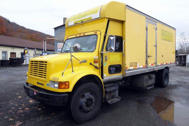 2000 INTERNATIONAL 4900 BOX VAN TRUCK #543111
