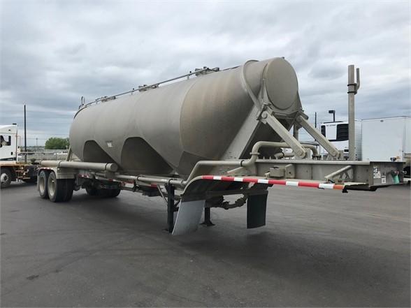 2018 Heil 1040 cu ft aluminum pneumatic tanker, air ride, vi