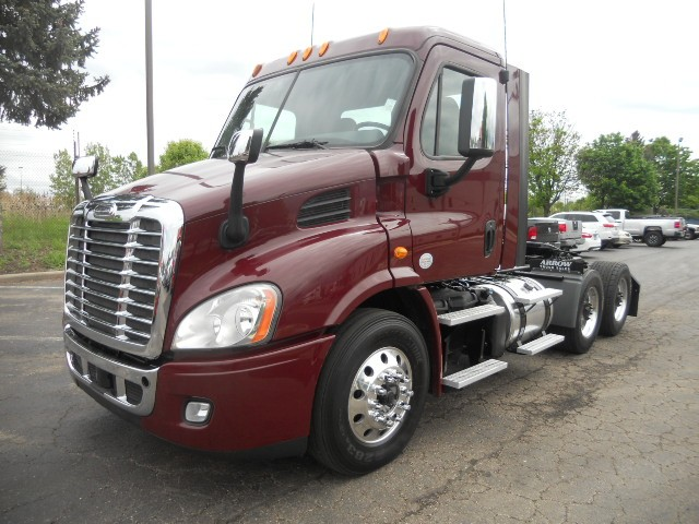 2013 Freightliner CASCADIA$46,950