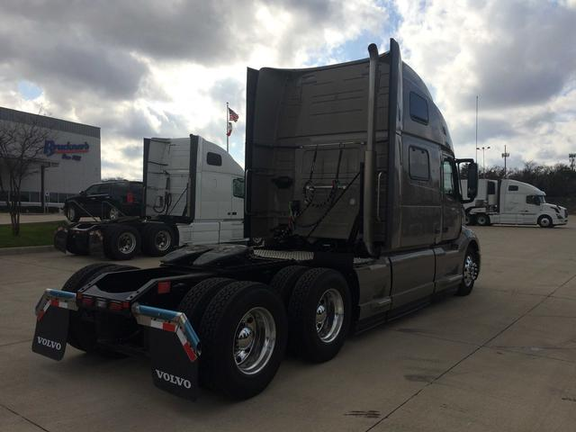 2018 Volvo Vnl64t860 Conventional Sleeper Truck In