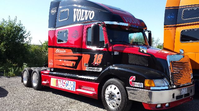 truck semi sale novembe sold auction volvo item image for