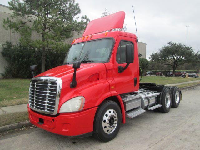 2010 Freightliner Cascadia$31,950