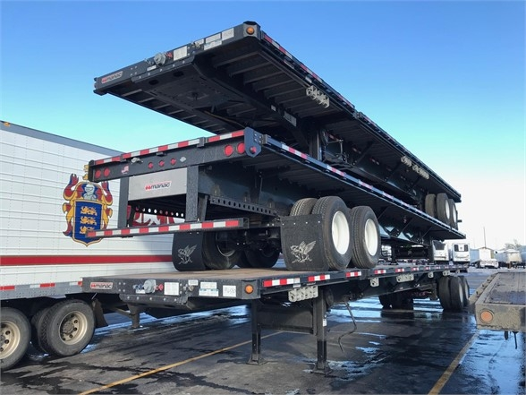 2020 Manac extendable flatbed, 48' closed 80' extendend, air