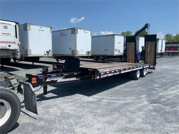 2020 Eager Beaver 20 xpt w/ hydraulic ramps