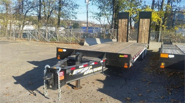 2020 Eager Beaver 20xpt - hydraulic ramps