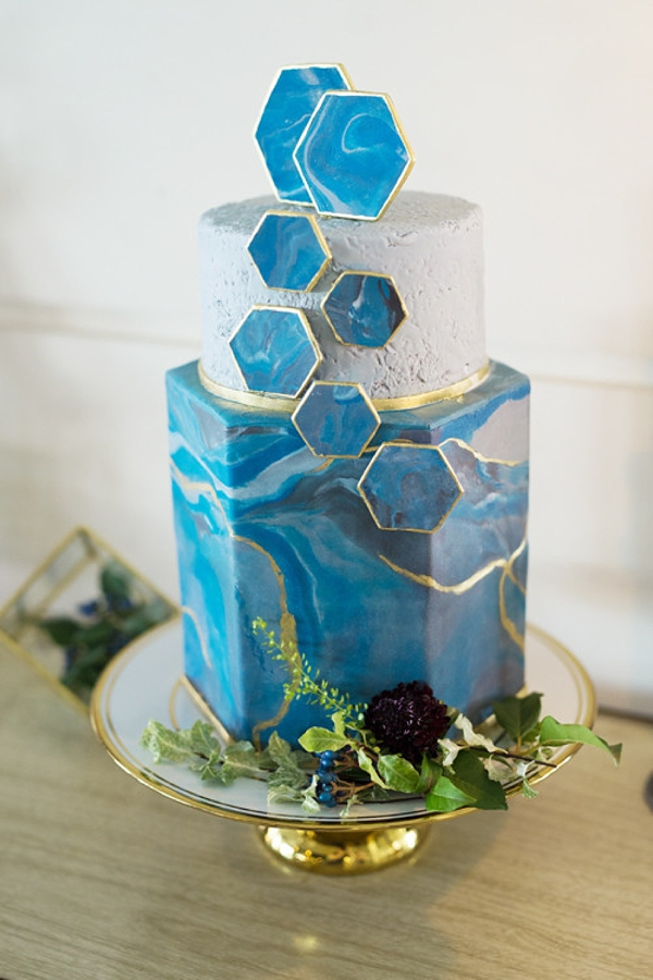 Modern geometric wedding cake inspired by blue agate stone