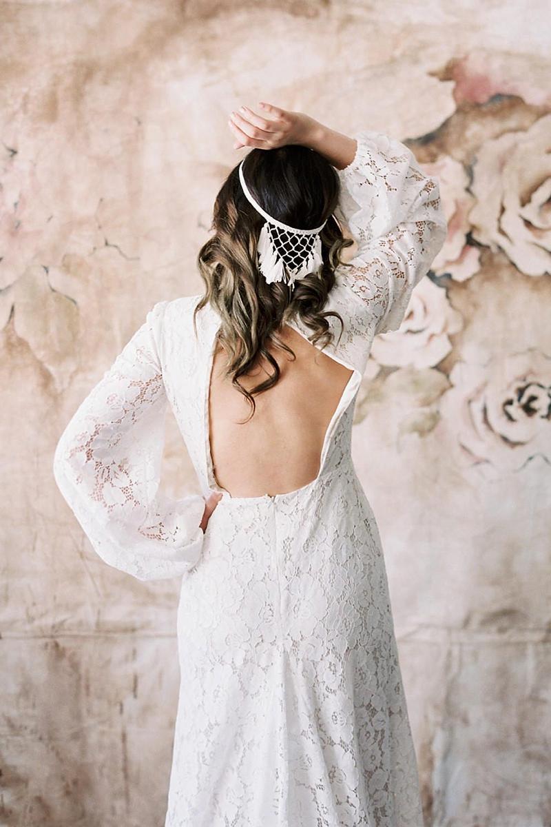 Macrame wedding veil alternative with fringe tassel for the boho bride